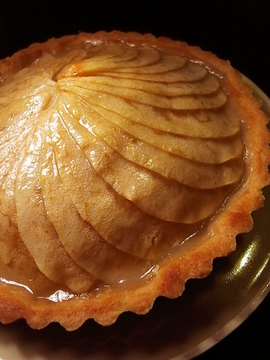 081130apple-tart.jpg